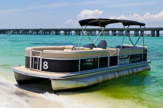 Boat rental at Norriego Point in Destin