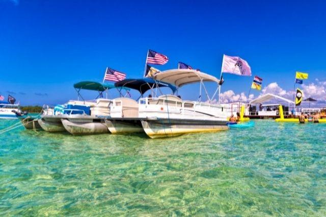 Crab Island boat rentals in Destin-FWB