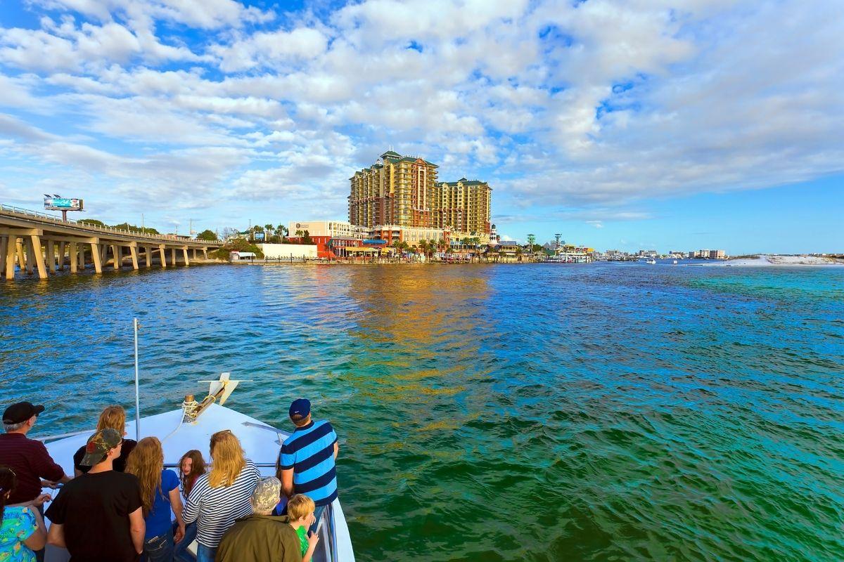 See Destin landmarks during a Destin dolphin sightseeing cruise