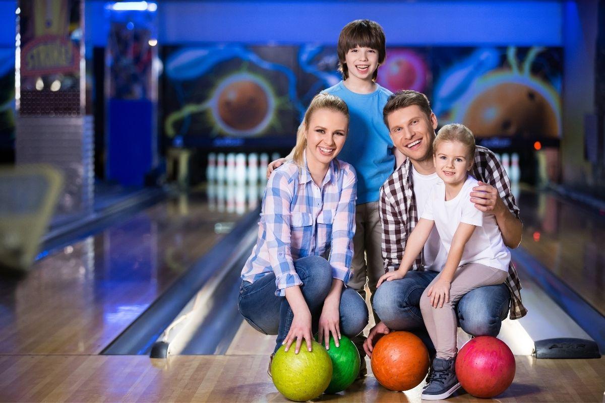family bowling in Destin, Florida