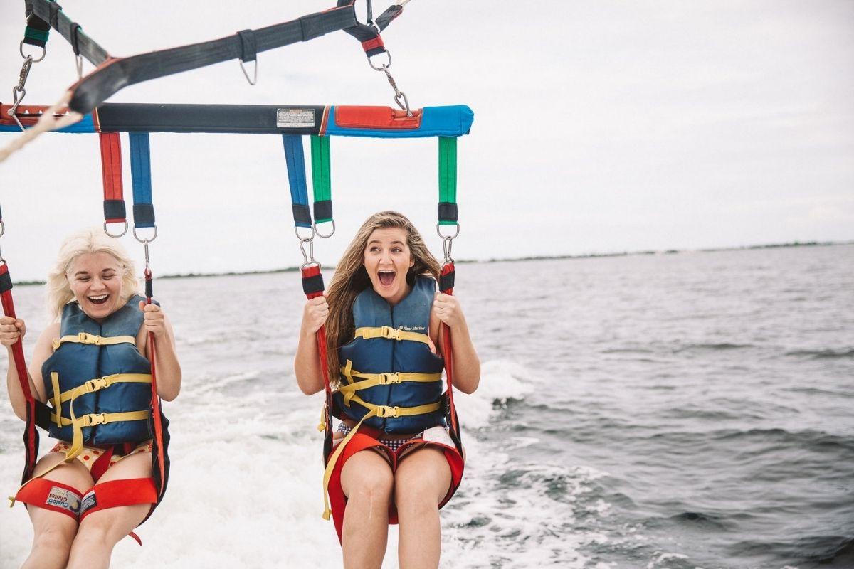 family fun parasailing in Destin-FWB