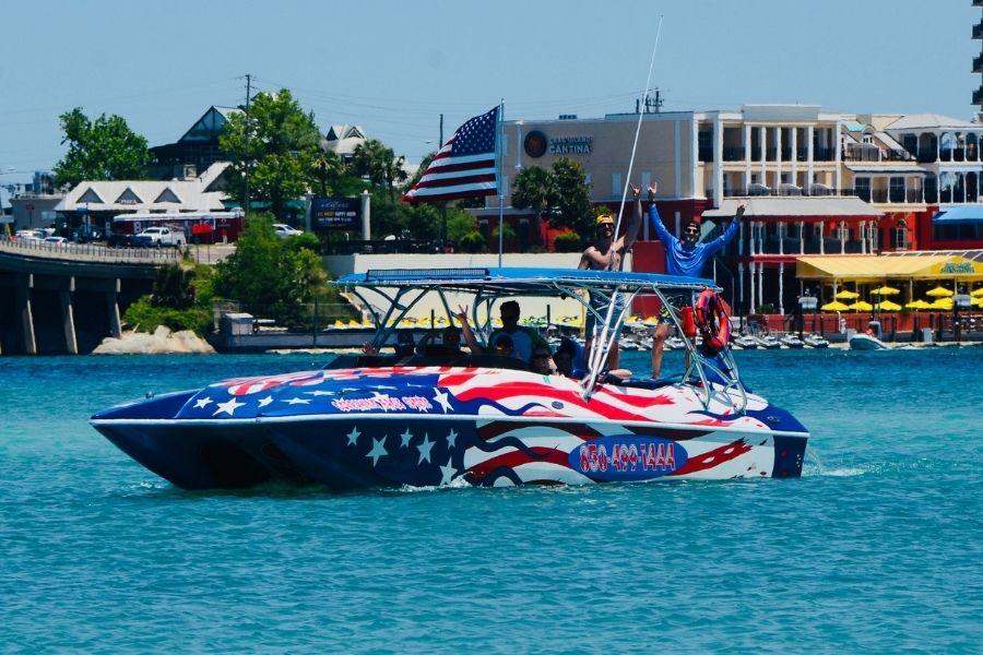 Destin dolphin cruise headed towards Crab Island