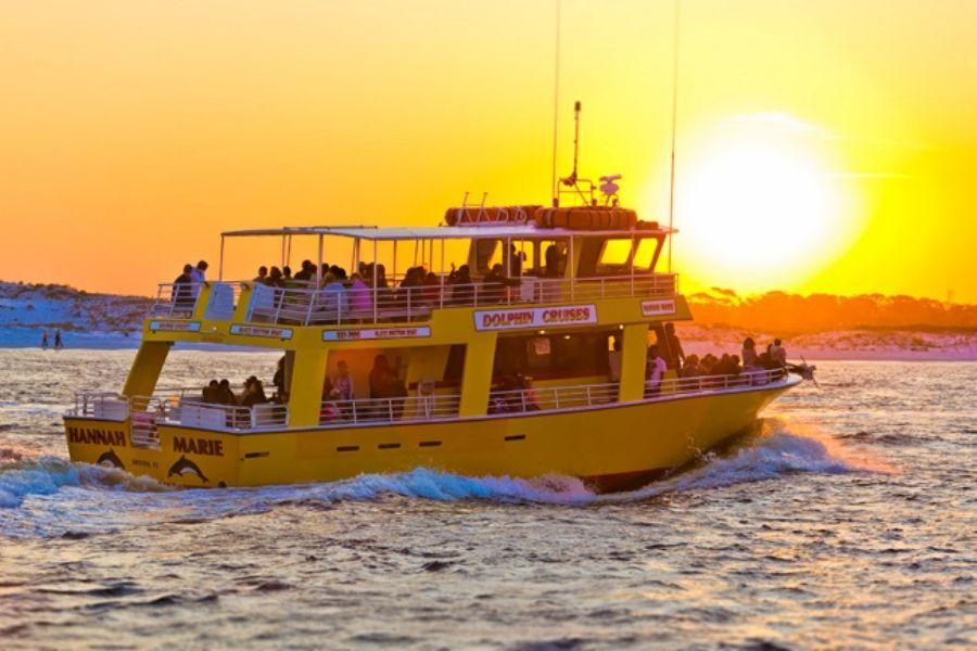 Destin harbor dolphin cruise