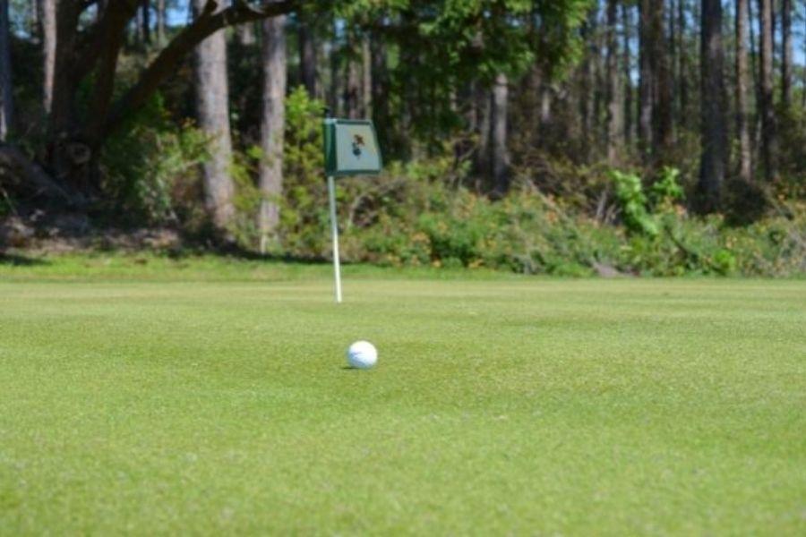 Emerald Bay Golf Club putting green