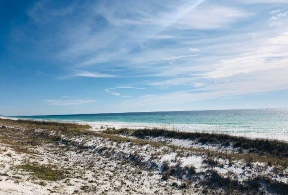 beautiful beaches in Destin, FL