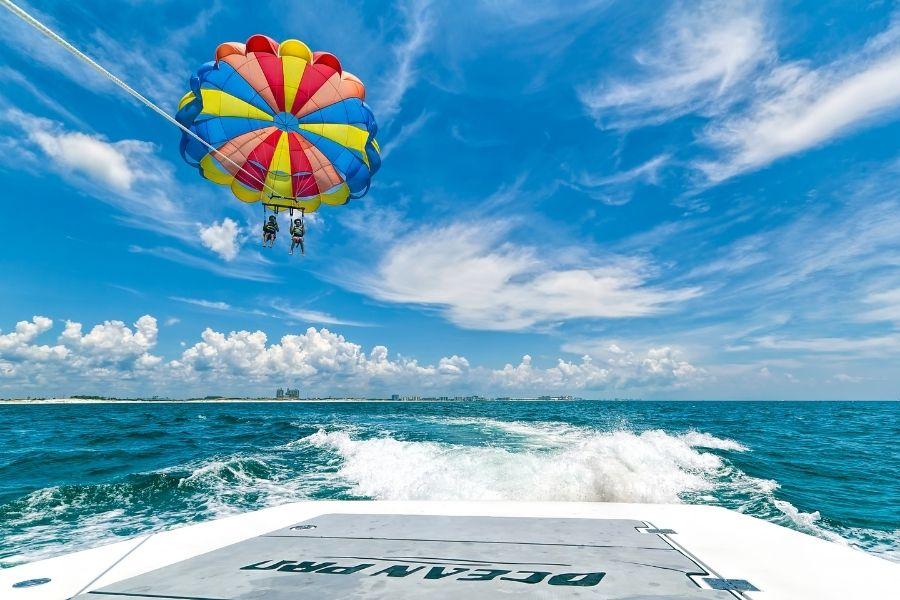 parasailing in Destin-FWB